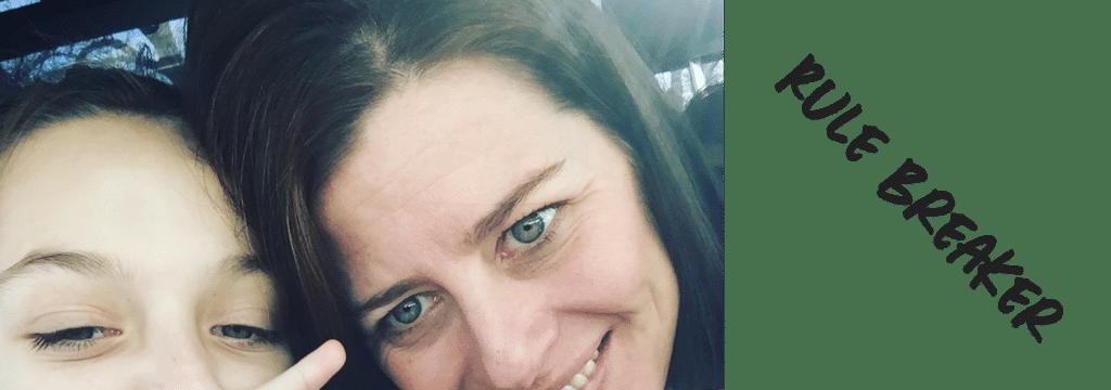 Face Shot Susan Kiley_Daughter_peace sign